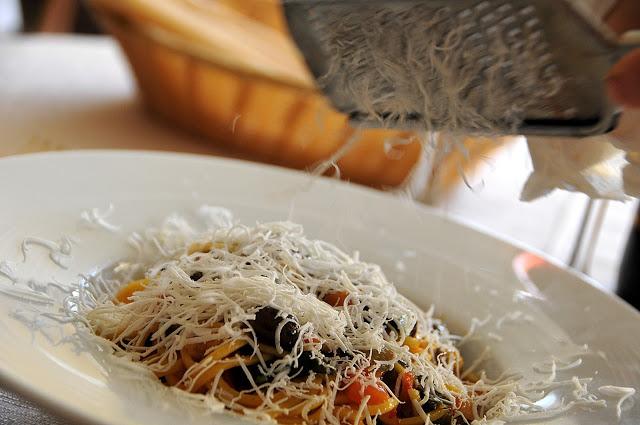 Tagliolini, olive taggiasche, ricotta brigasca